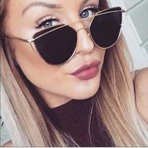 Accessories - Black & Gold Mirror Sunglasses
